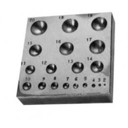 PLAT A EMBOUTIR 19 TROUS Ø2 A 20mm